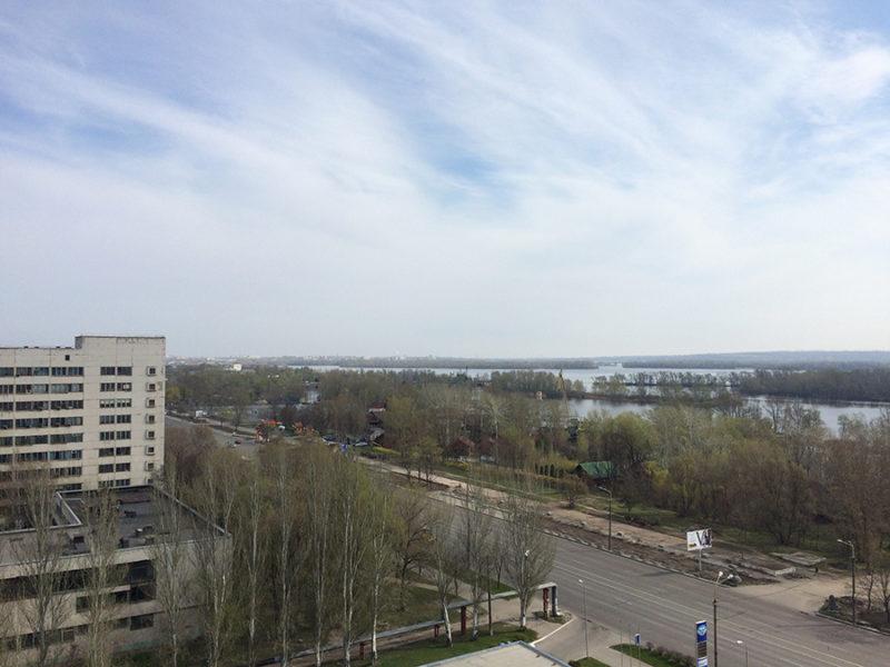 Вид из окна квартиры на 12 этаже