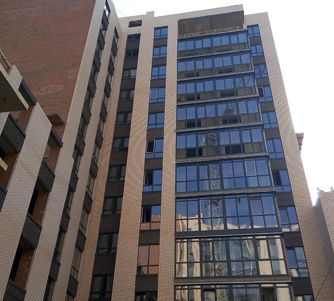 9-я секция остекление на уровне 11-го этажа
