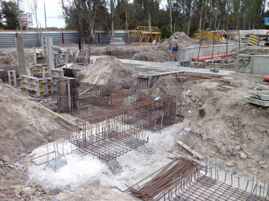 монтаж опалубки. подготовка под заливку бетона