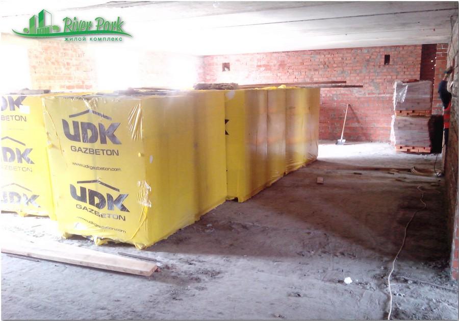 Доставлены строительные материалы для внутренней отделки