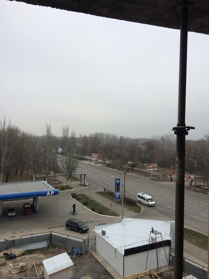 Foto 2 Vid v storonu centralnogo mosta i Naberezhnoy s 6 yetazha 1 sekcii