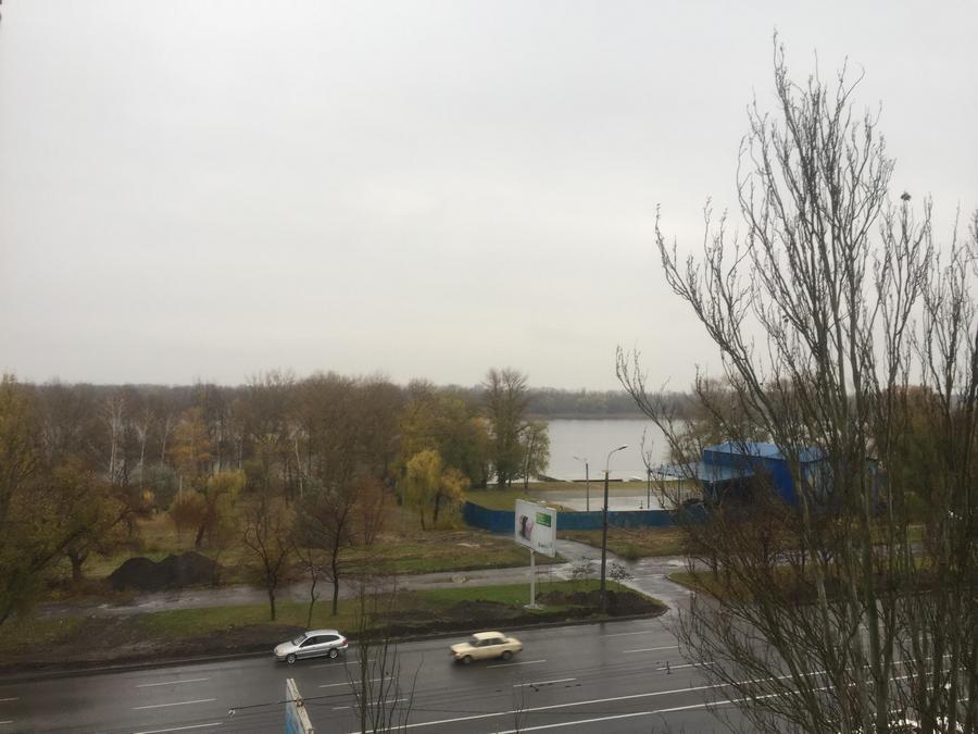 вид на Днепр с 4го этажа