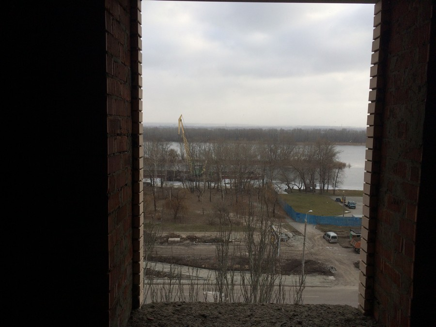 Вид на Днепр из квартиры 83,8 м2. 8 эт, 1 секция