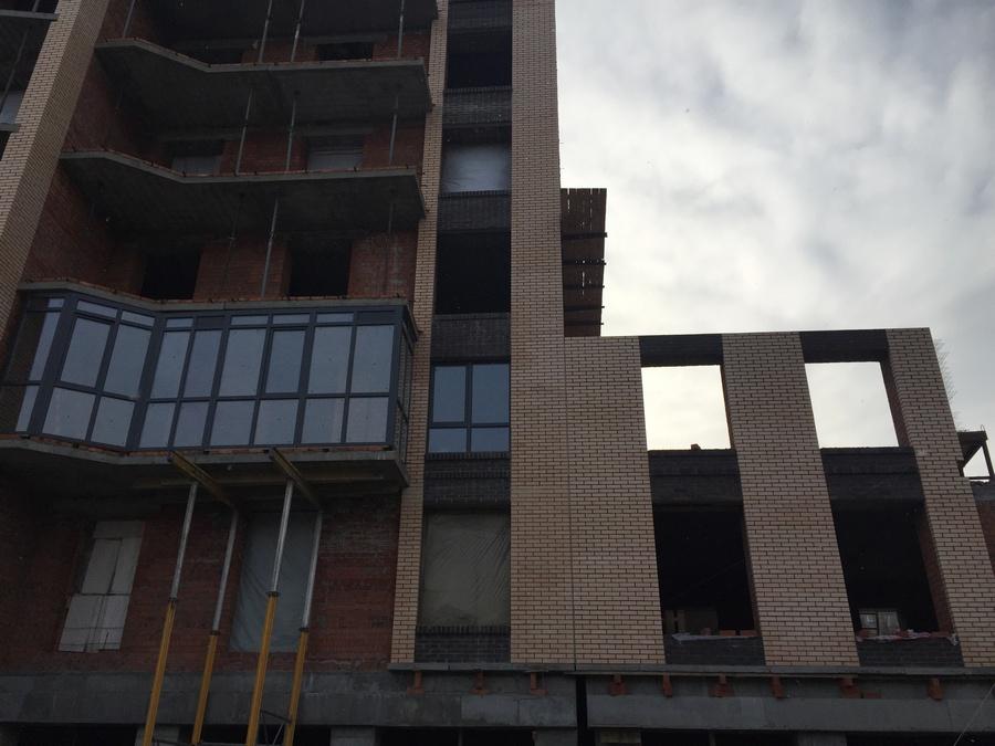 2 секция ,частично возводим 3-ий этаж