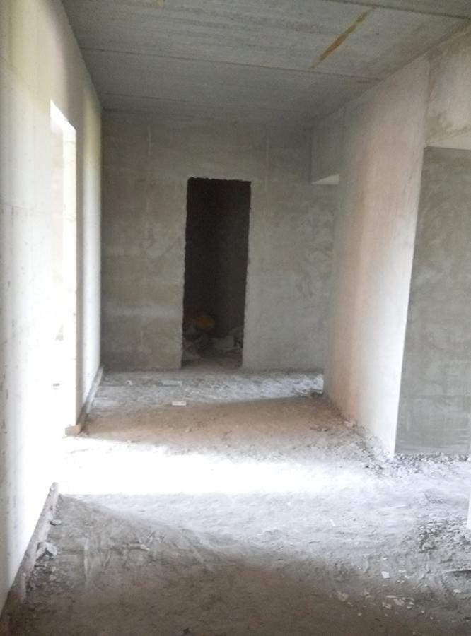 вход в квартиру 93,7 м2