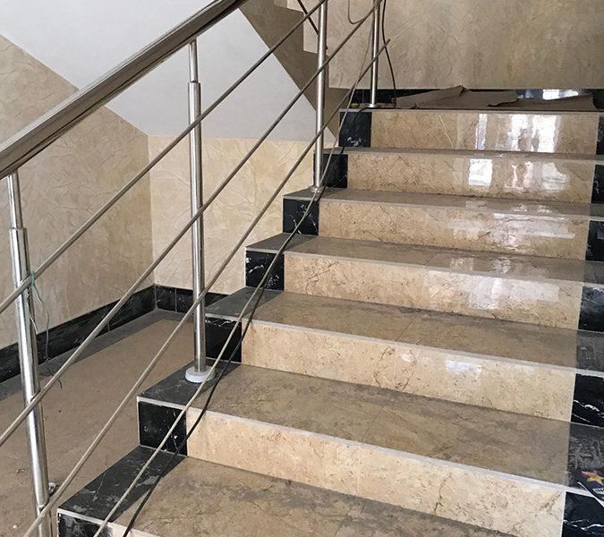 Входная группа 3 секции, установлены лифты