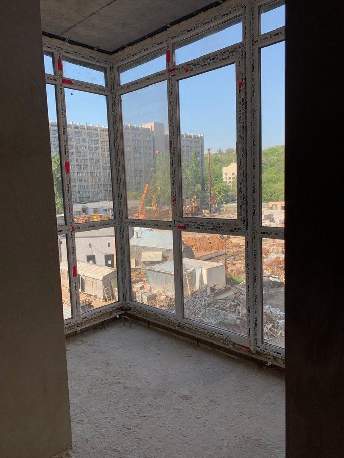 Vid-s-lodzhii-kvartiry-43-m2-4-Sekciya