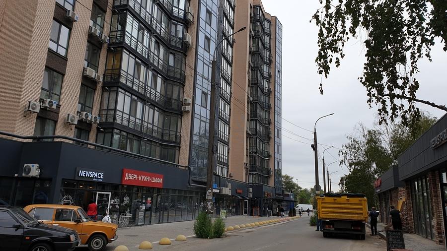 Foto-1-Kommerciya-ZHK-RiverPark-est-svobodnye-Ploshhadi