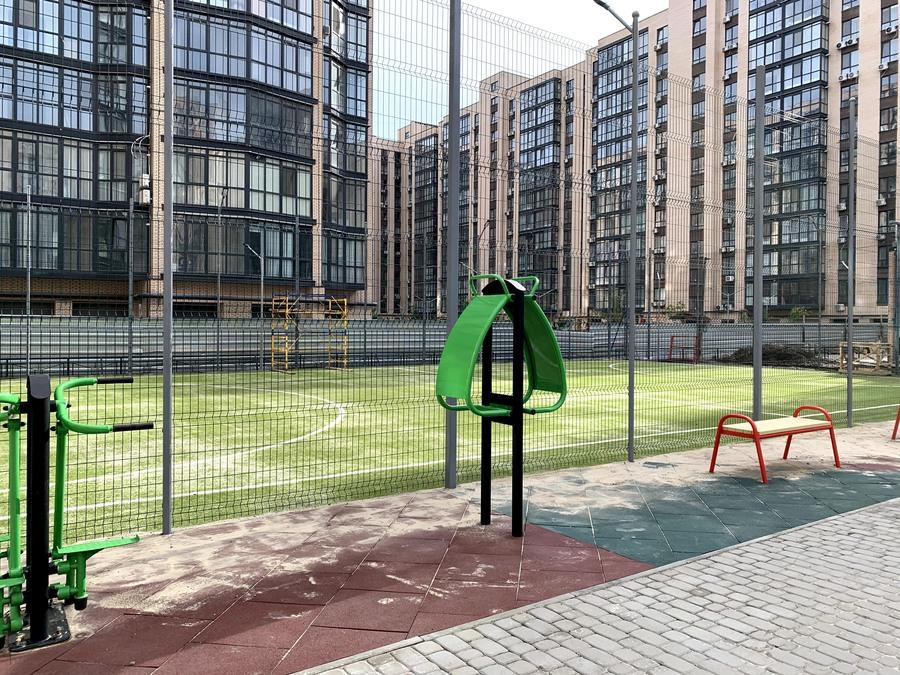 Площадка для активного времяпрепровождения детей и взрослых